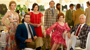 January Jones as Betty Francis, Jon Hamm as Don Draper, Elisabeth Moss as Peggy Olson, Vincent Kartheiser as Pete Campbell, Christina Hendricks as Joan Harris and John Slattery as Roger Sterling (FRANK OCKENFELS)