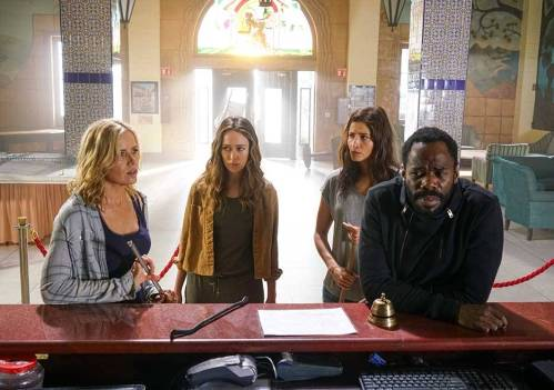 fear-the-walking-dead-season-2b-madison-dickens-strand-domingo-935-1